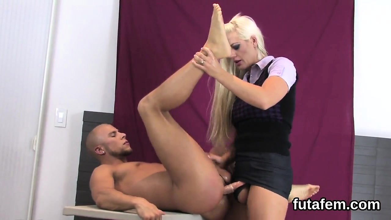 pimpandhost.rori . vagina Teenies plow fellows butthole with big strap-ons and splatte